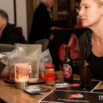 Sandra testet das Vertical Up Bier